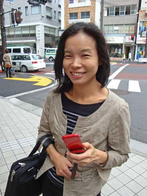 Noriko une de nos performante et indispensable attachée à l'ambassade